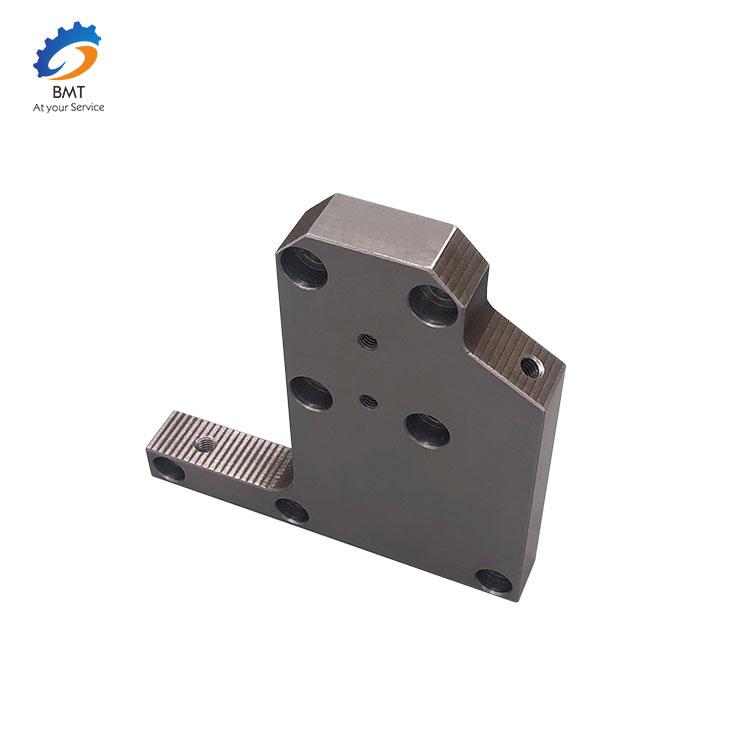 Precision-CNC-Engineering (5)